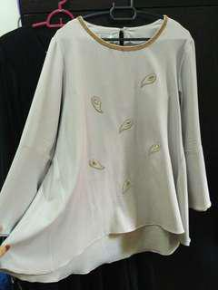 Light Grey Blouse Saloma Sleeves