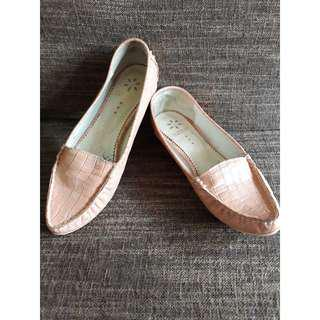 BENETTON SHOES FOR HER