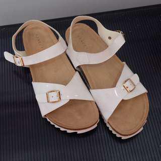 Sepatu Sanda Vinci