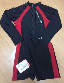 Wetsuit zip up, longsleeved with shorts type