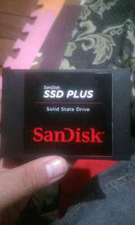SSD 120GB Sandisk for laptop and desktop