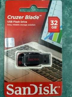 FLASHDISK SANDISK 32GB CRUZER BLADE USB FLASH DRIVE