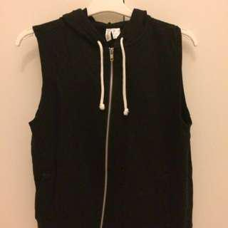 H&M Sleeveless Black Jacket