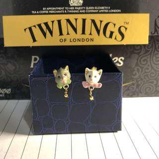 N2 cat earrings