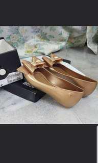 32252 melissa ultragirl sweet xid color gold...like new