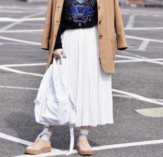 White pleat midi skirt