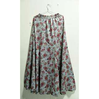 🚚 Grey Floral Maxi Skirt (2ndhand)