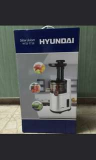 Lightly used - Hyundai slow juicer