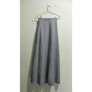 🚚 Grey Maxi Skirt (2ndhand)