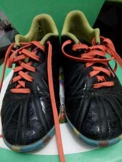 Sepatu Specs futsal