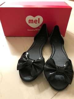 🚚 Melissa US7 黑色魚口鞋