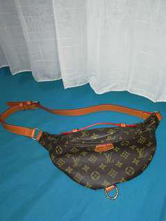 Waist bag / belt bag LV
