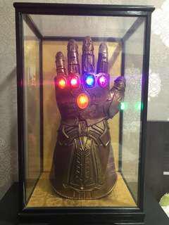 *Joe Russo signed*Marvel Legends Infinity Gauntlet Replica-Avengers Infinity War