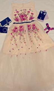 Romantic Floral Lace Dress (Beige colour)