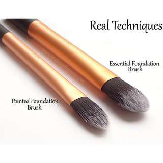 BN Real Techniques Essential Foundation Brush Travel Essentials Set