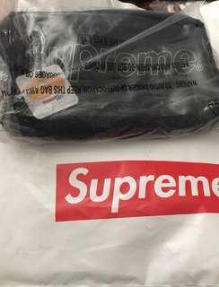 Supreme FW18 Utility Bag Black