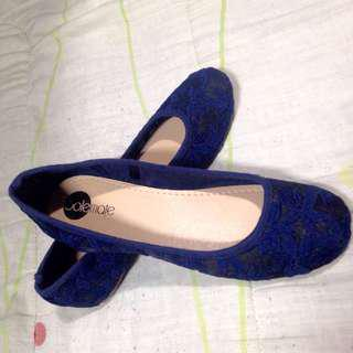 Solemate Blue Size 8 womens