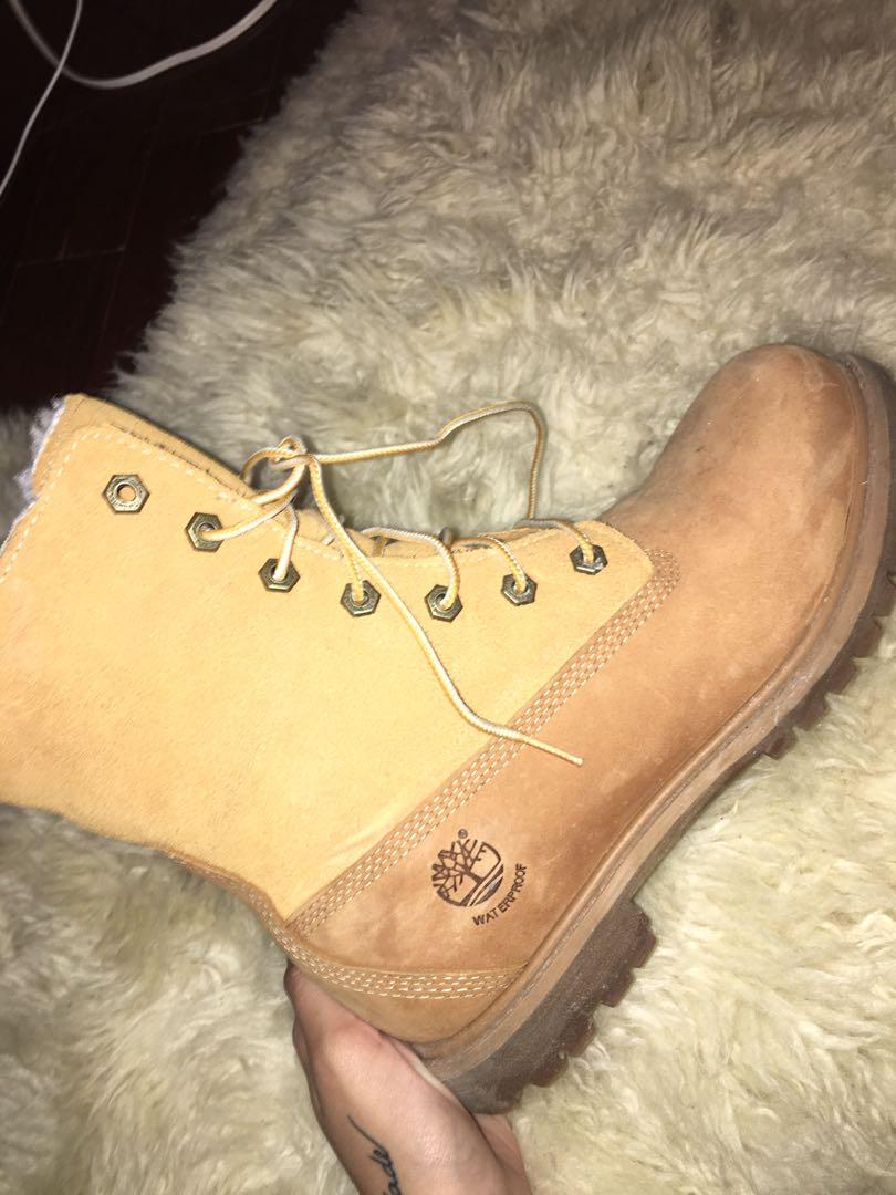 Authentic Timberlands, size 8, furry on inside, gently used