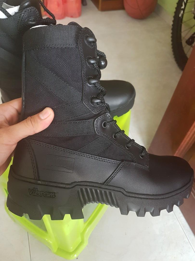 ad4472e7468 BNIB Magnum Spartan XTB Combat Boots