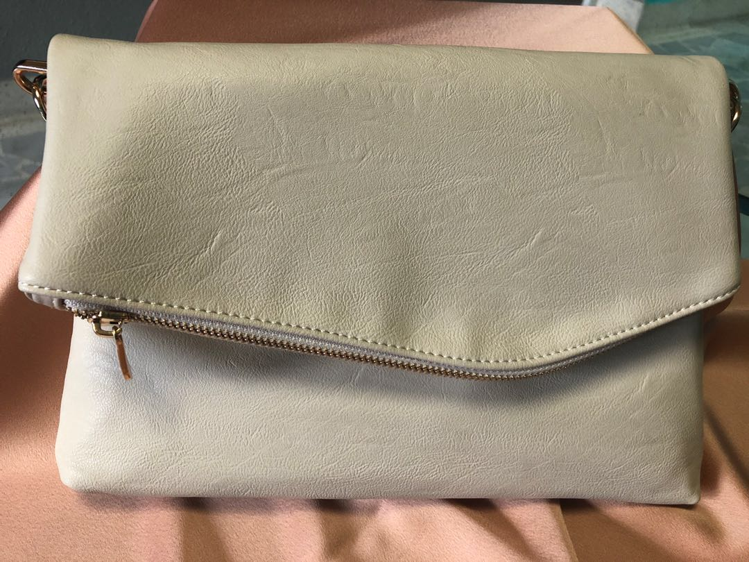 912a5d0ca2 Colette Sling Bag, Luxury, Bags & Wallets, Sling Bags on Carousell