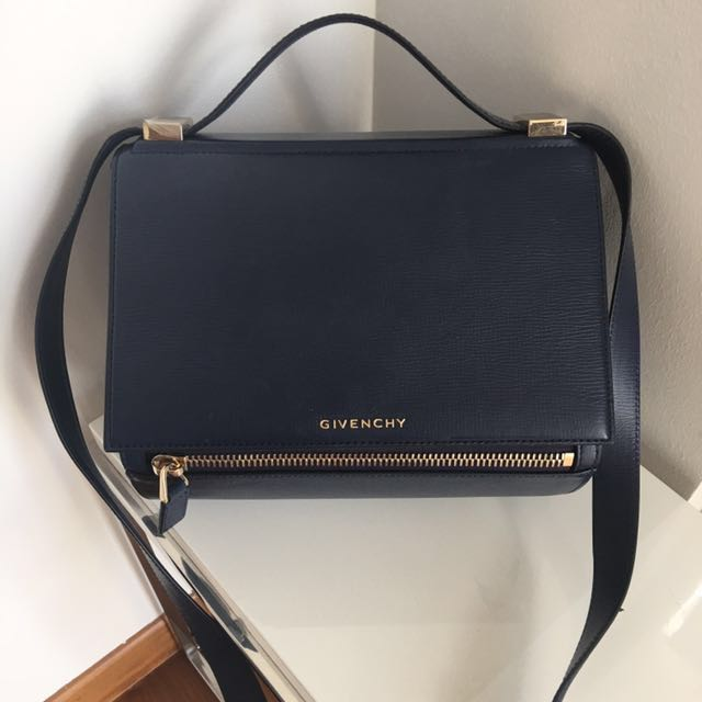 dae5bd20d4 Like New Givenchy Medium Pandora Box, Luxury, Bags & Wallets on ...