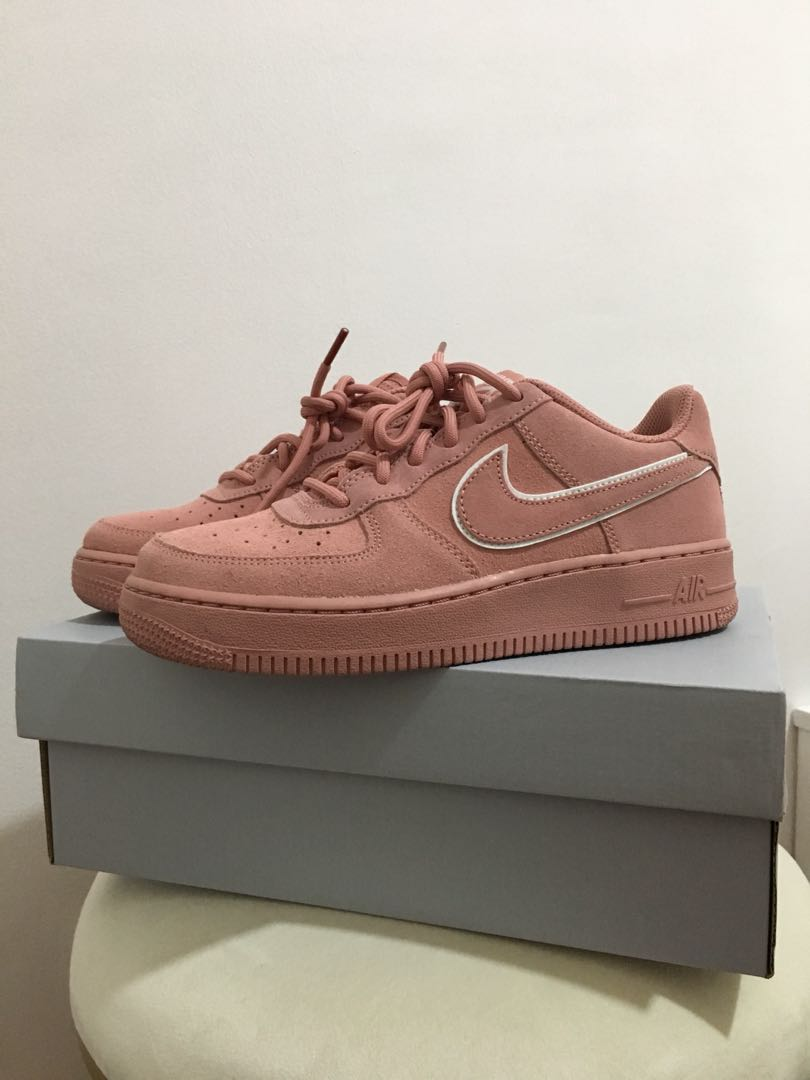 Nike Air Force 1 Coral Stardust