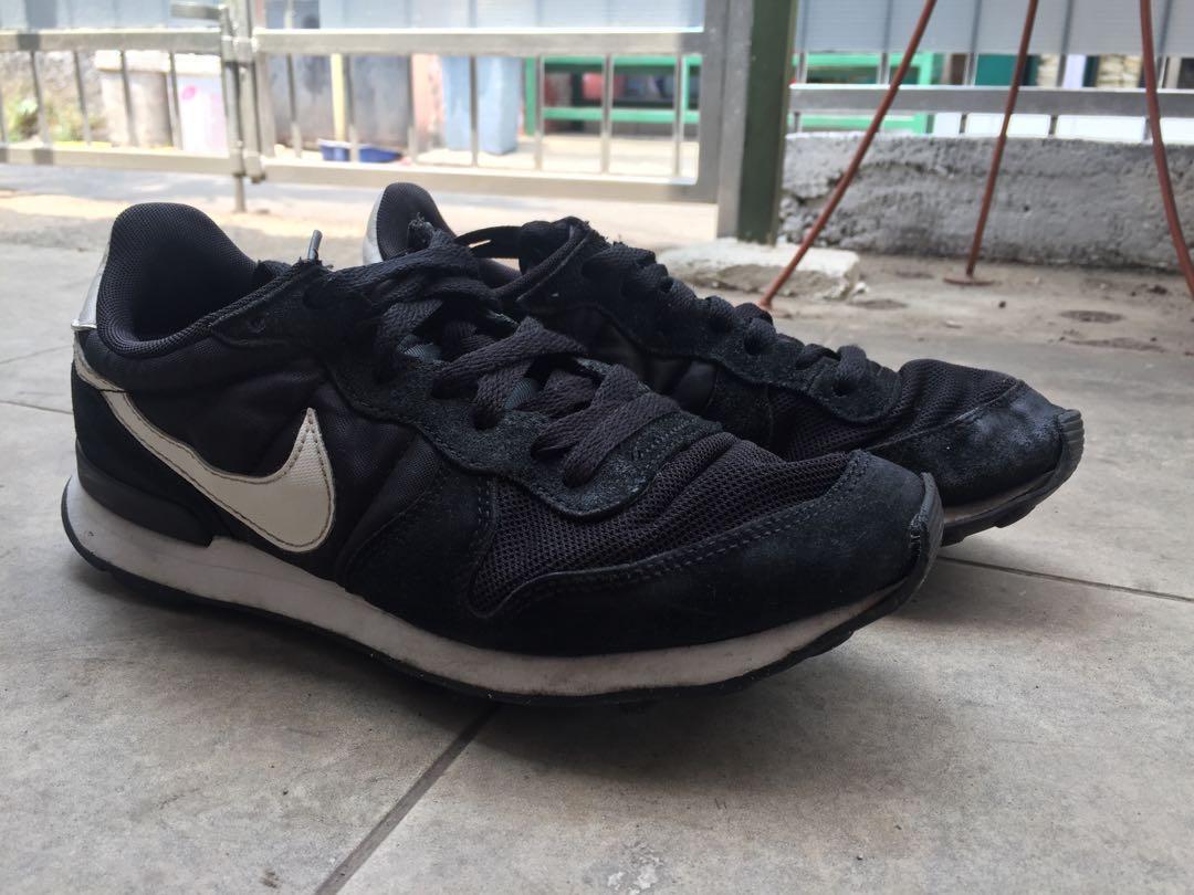 Nike Internationalist B W Original e358a9cc20