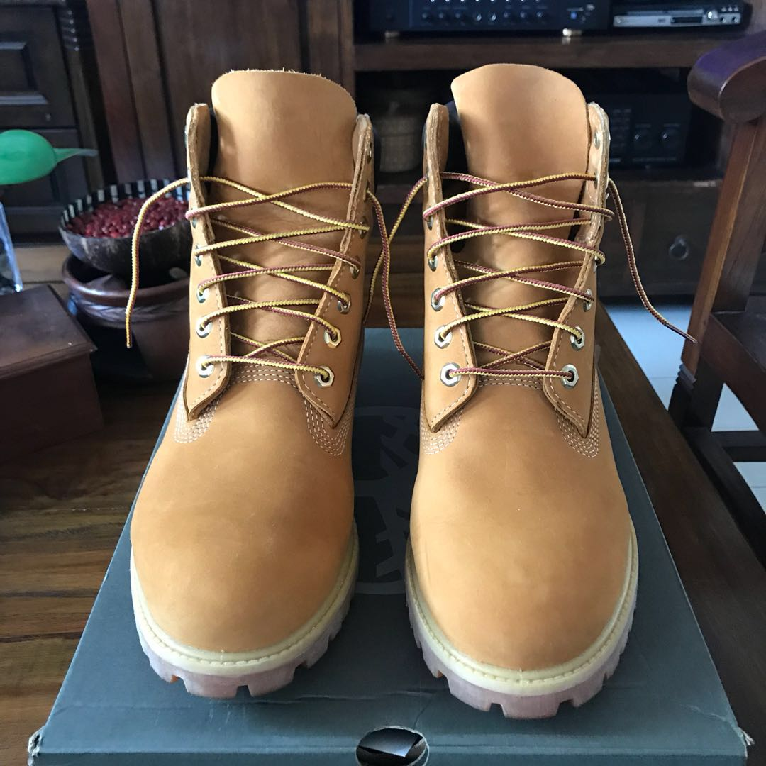 new style af4d5 bc35a Timberland 6 inch Boots