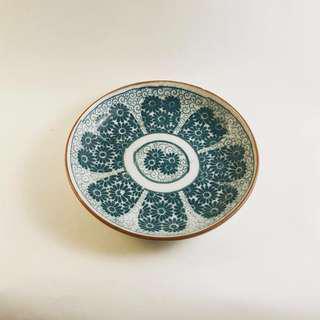 藍綠色愛心小花盤