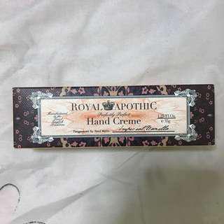 🚚 Royal Apothic Hand Cream
