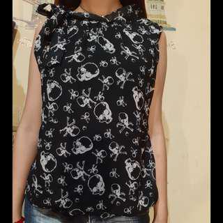 Atasan skull blouse wanita