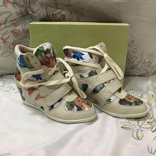 Glaze Nude Floral Wedge Sneakers