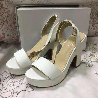 My Beautiful Shoes White Chunky Heels