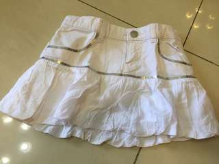 Benetton white skirts