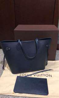 Louis Vitton neverful epi leather