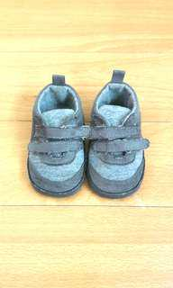 Crib Couture Baby Shoes (6-9 mos)