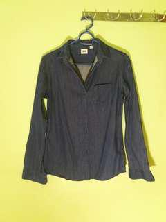 Uniqlo soft denim button down Sz S