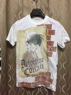 Uniqlo x detective conan tshirt