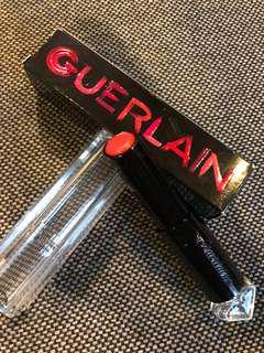 嬌蘭 GUERLAIN 小黑裙 唇膏 購自香港機場