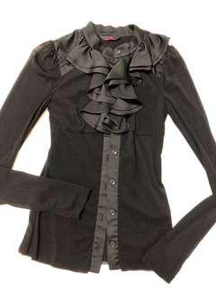 🚚 黑色荷葉邊領口軟紗透膚上衣