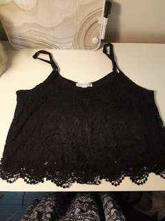 M Lace Crop Top
