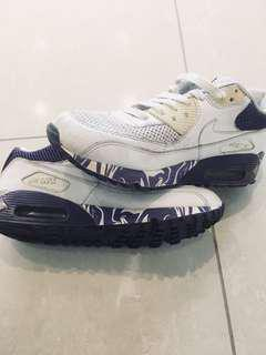 MINT CONDITION Nike Air Max