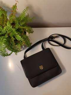 Small black side bag