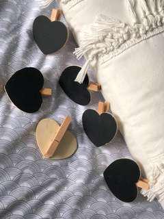 6x chalkboard heart pegs