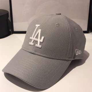 🚚 New era LA 灰 老帽(二手品)