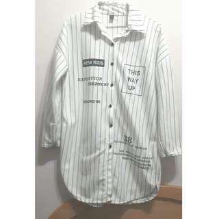 🚚 長版條紋白上衣 (可當外套)