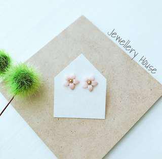Light Peach Flower Earrings