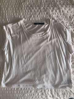 Cropped rolled sleeve tee