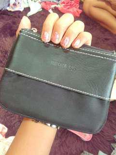 Hiroko bis wallet