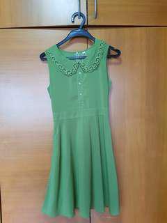 🚚 Peterpan Collared Green Dress